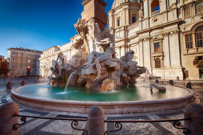 "TREVI FOUNTAIN: The real origin of ""to flip a coin "" tradition"